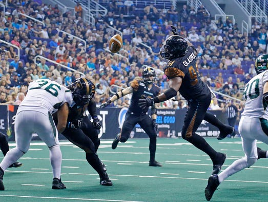Arizona Rattlers' Tyre Glasper (94) fails to get an on sides kick in the 2nd quarter against the San Jose SaberCats in  their AFL National Conference final Sunday, Aug. 10, 2014 in Phoenix, Ariz.