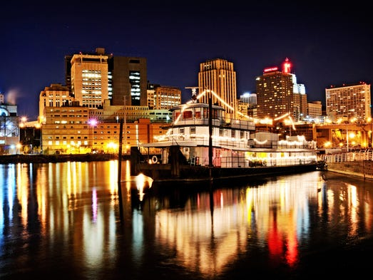 Top Romantic Destinations In North America - 10 best cities to travel with kids in north america