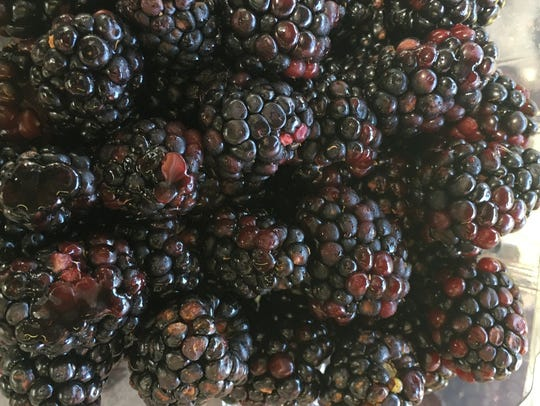 BLACKBERRY DAY AT THE DOWNTOWN FARMERS MARKET: 7:30 a.m. to 1 p.m. June 1.