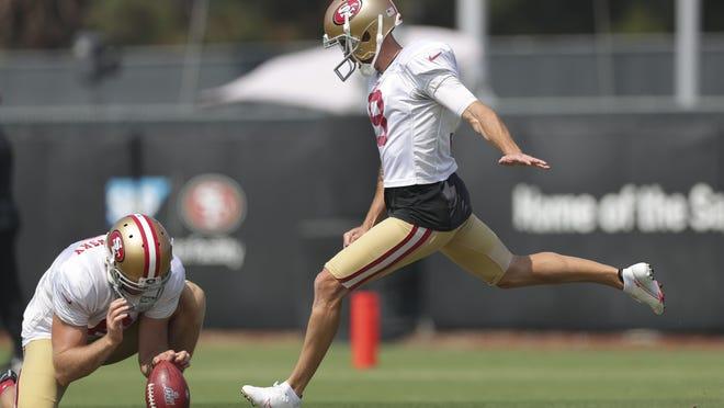 San Francisco 49ers kicker Robbie Gould (9) kicks the football during training camp at SAP Performance Facility on Aug. 25, 2020.