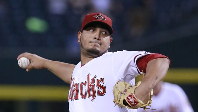 Arizona Diamondbacks starting pitcher Jhoulys Chacin (47) throws against the San Diego Padres during the first inning of their MLB game Tuesday, Sept. 15, 2015 in Phoenix, Ariz.