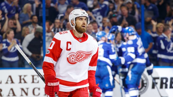 Red Wings captain Henrik Zetterberg reacts to giving up a goal against the Lightning during the third period in Thursday's 3-2 loss.