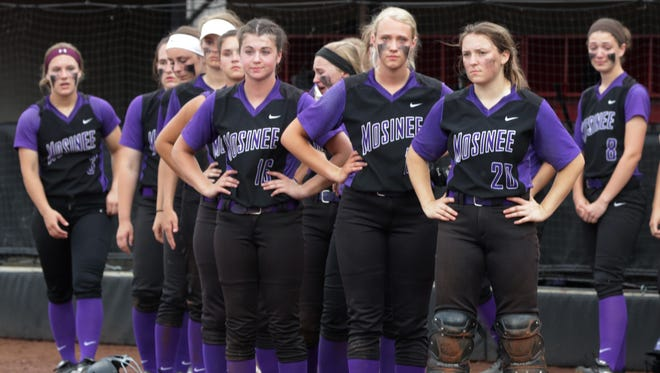 Mosinee players react to losing 3-1 to Whitnall in the WIAA Division 2 championship game Saturday at Goodman Diamond in Madison.