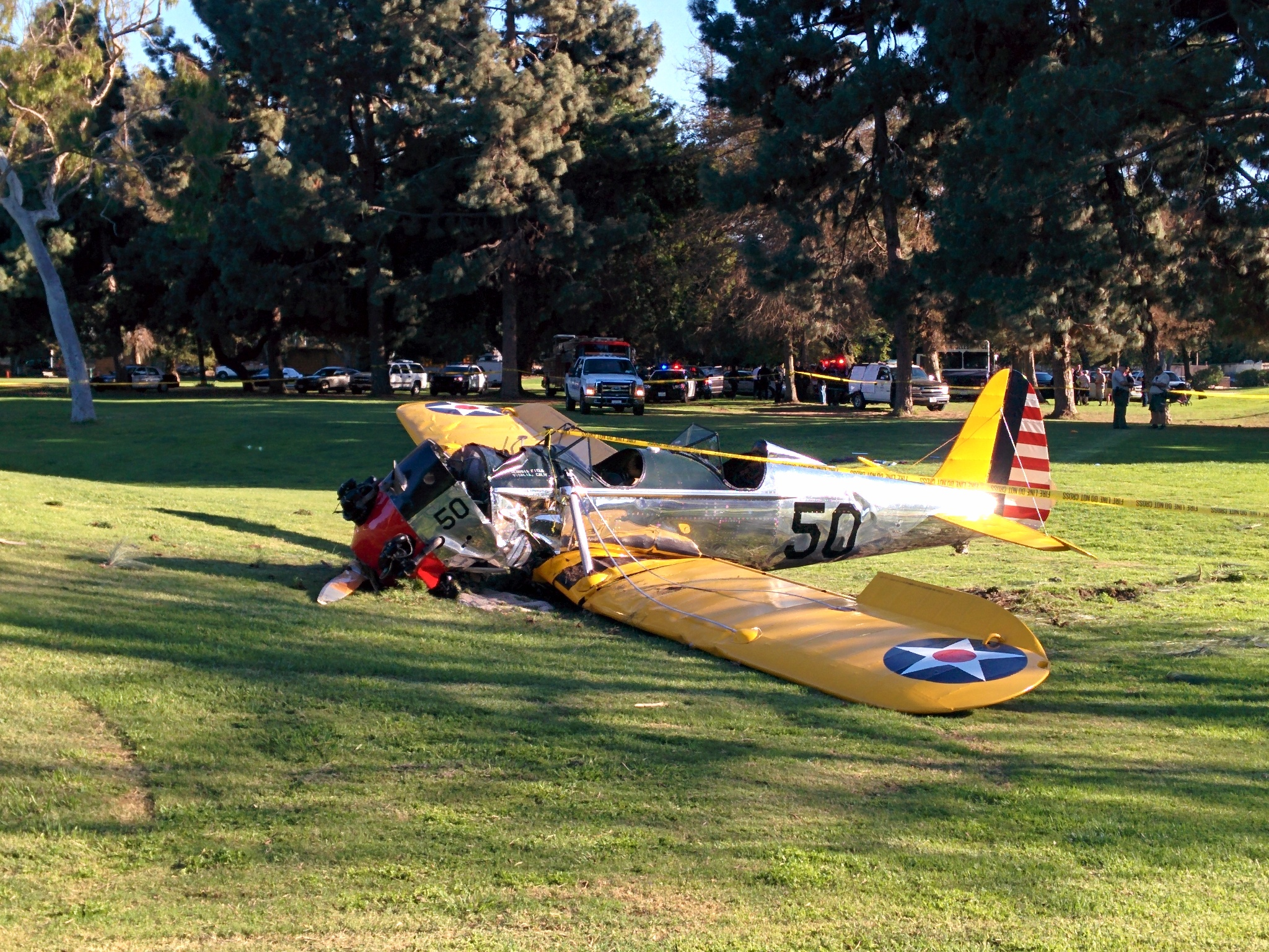 Actor Harrison Ford's plane crash lands on California golf course ...