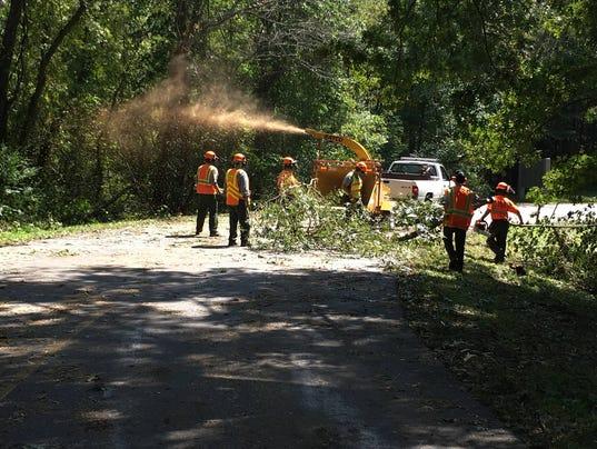 636410051862251665-Parkway-Irma-cleanup-Parkway-photo.jpg