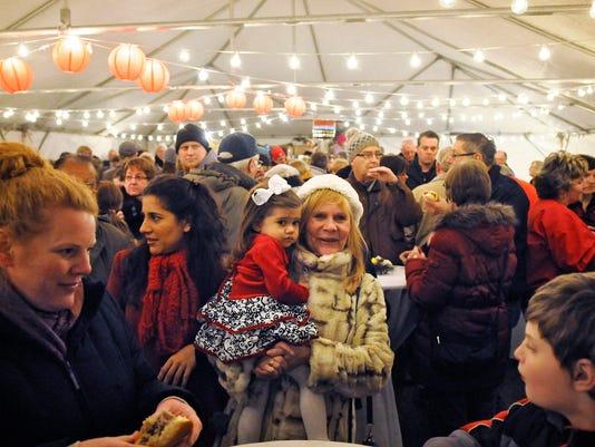 STC 1213 Christmas Market 1.jpg