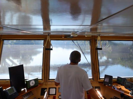 636117922290951337-NAS-Towboat-16.jpg