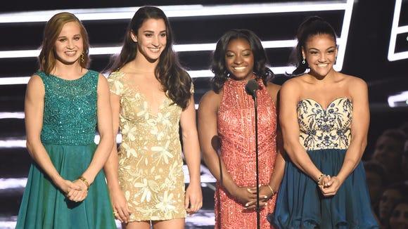 The Final Five's big VMAs moment.