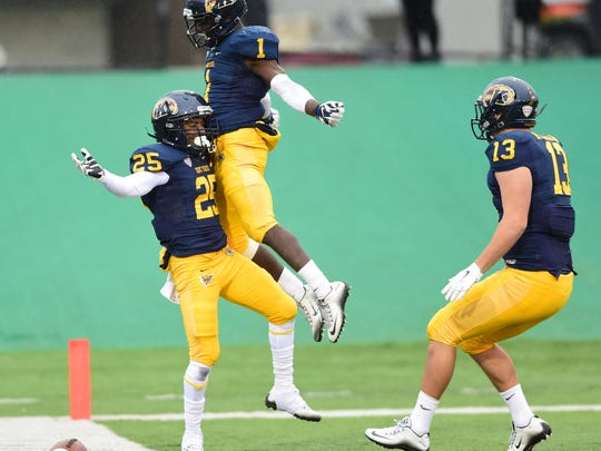 "South Fort Myers product Antwan Dixon had a huge true freshman season for Kent State, but an illness kept him out the past two seasons. Now he's back and doing ""dynamic things."""