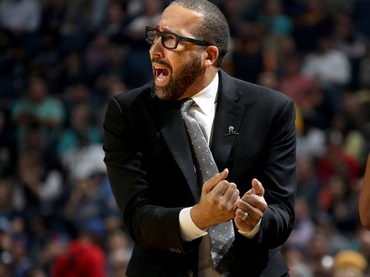 Memphis Grizzlies head coach David Fizdale instructs his team during the game against the Los Angeles Clippers at FedExForum.