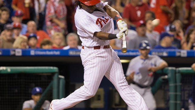 Phillies third baseman Maikel Franco was one of three players to sign 1-year deals on Friday.