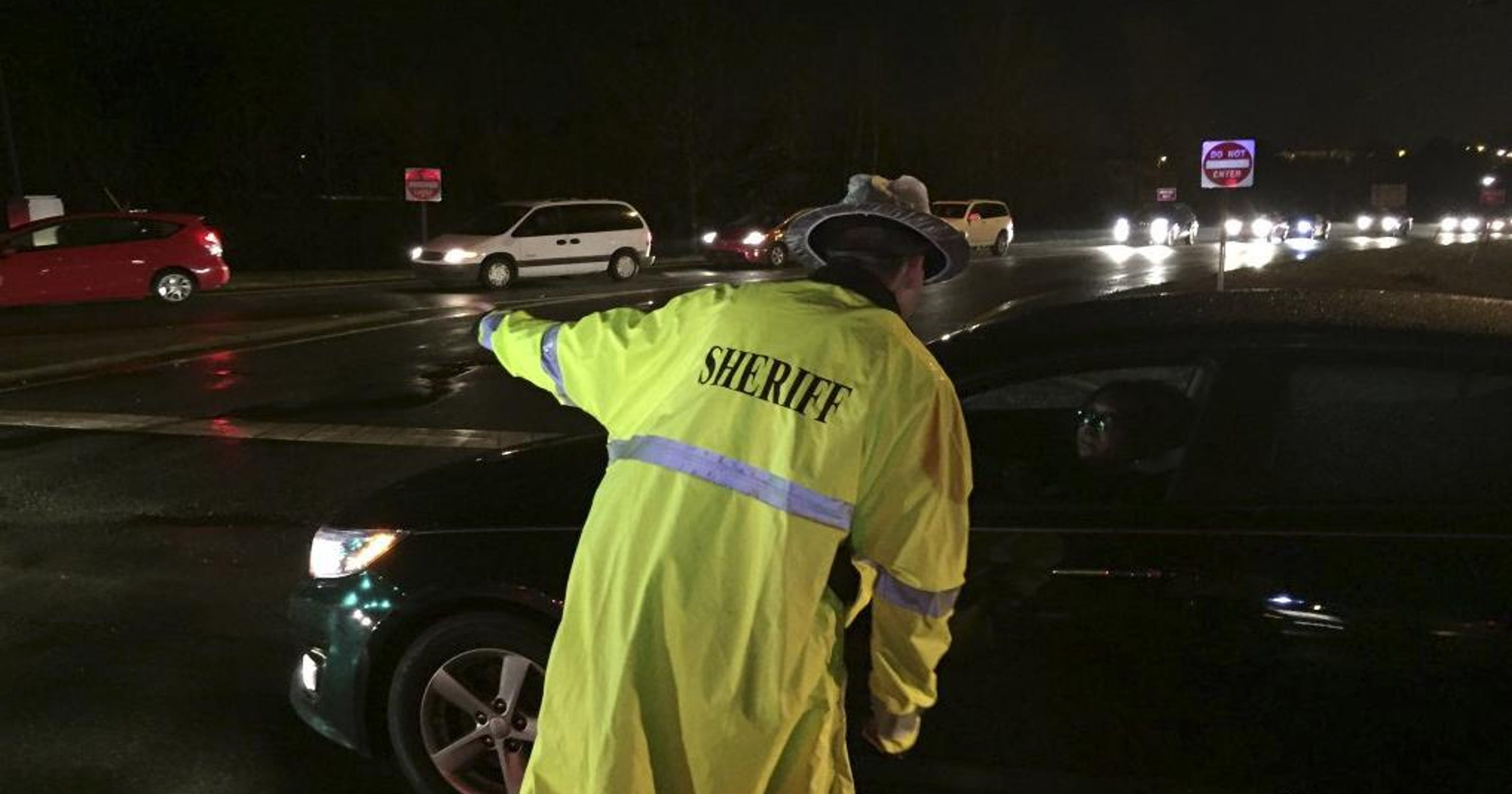 Cops: Over 100 cars involved in wreck on I-40 in N C