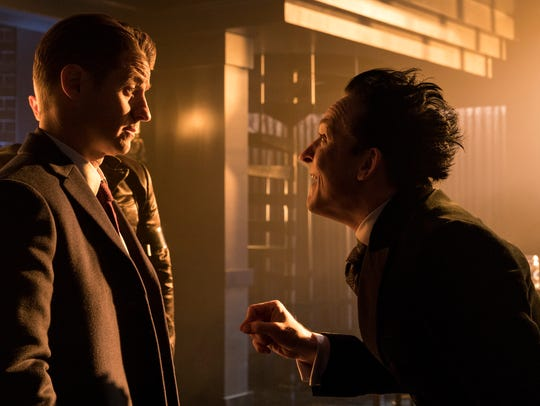 Ben McKenzie as Gordon and Robin Lord Taylor as Penguin