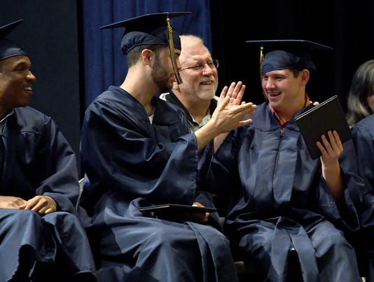 636640924217056818-PEP-Graduation-030.JPG