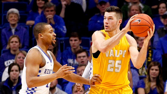 Valparaiso's Alec Peters (25) has put up big numbers against all competition – including Kentucky.