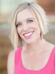 Rachel Yanof, directora ejecutiva de Achieve60AZ.