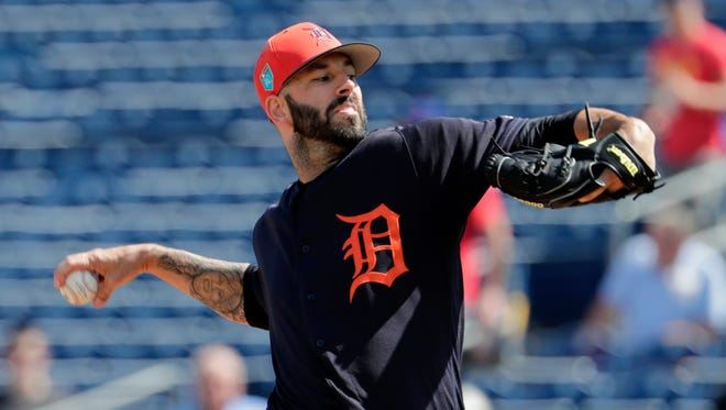 Mike Fiers, whom the Tigers signed for $6 million this offseason, hasn't mentioned a back issue to reporters all spring. It was pitching coach Chris Bosio who brought it to light.