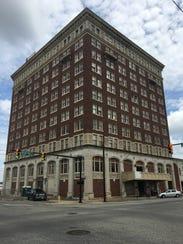 The Jefferson Davis Hotel on Montgomery Street was