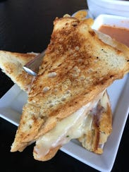 Dot's 3-Cheese Grilled Cheese at Cliffside Restaurant