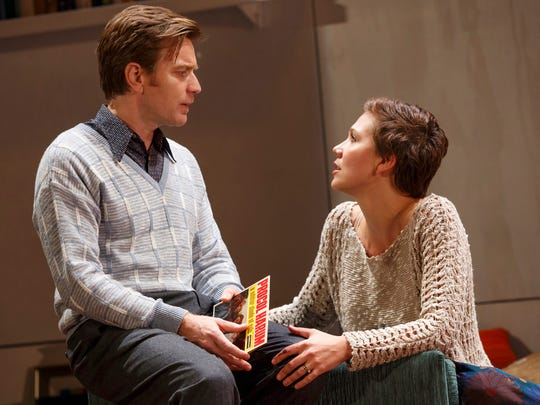 Ewan McGregor and Maggie Gyllenhaal perform in 'The