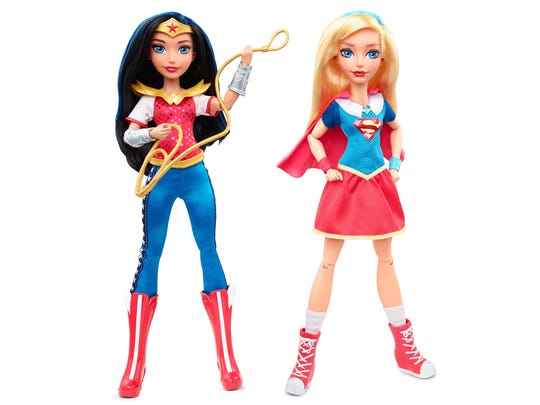Wonder Woman and Supergirl appear in the Super Hero