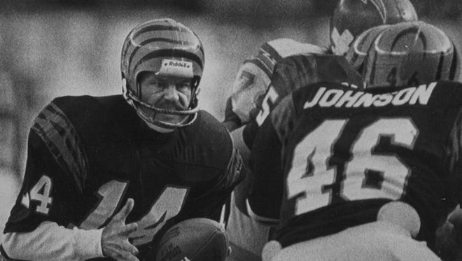 Freezer Bowl JANUARY 11, 1982: Sure hands - Cincinnati Bengals quarterback Ken Anderson, left, hands off to fullback Pete Johnson (46) during Sunday's AFC championship game with the San Diego Chargers. Johnson carried for one touchdown, and Anderson passed for two more, helping the Bengals to their 27-7 win over the Chargers and a trip to the Super Bowl. Associated Press Super Bowl XVI
