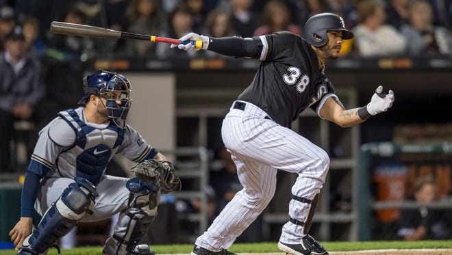 White Sox catcher Omar Narvaez hits an RBI single during the sixth inning.