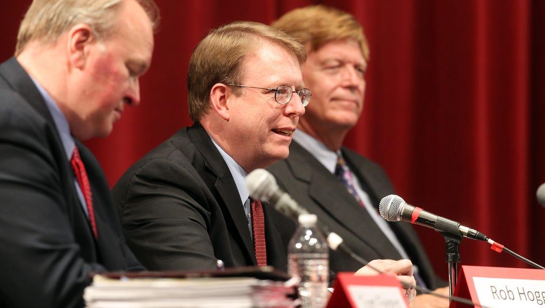 Democratic Senate candidates swipe Grassley, tout ...