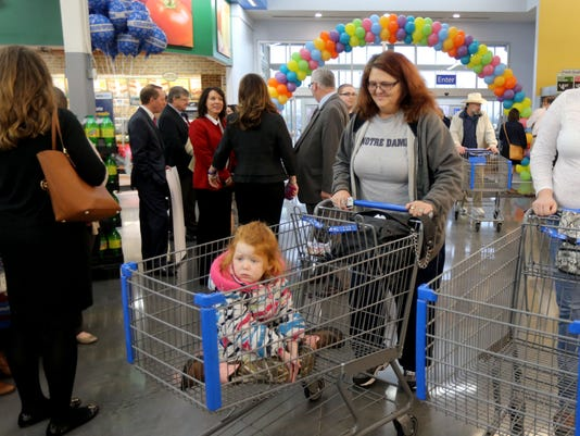 4-Walmart Grand opening.jpg