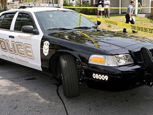 635712794276607601-policecar