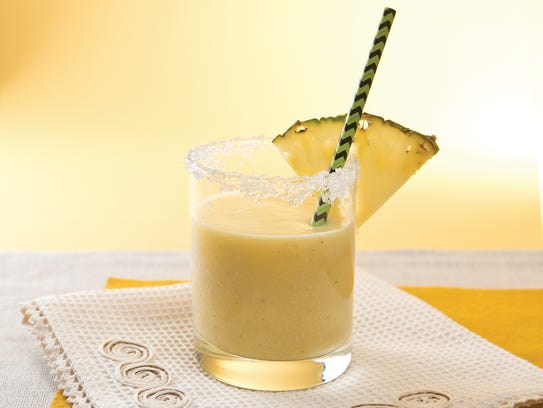 Pineapple, Coconut and Almond Milk Smoothie