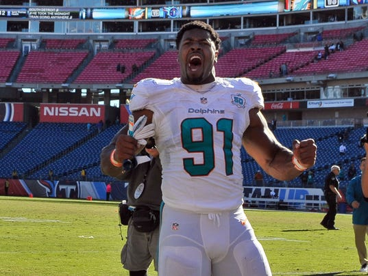 USP NFL: MIAMI DOLPHINS AT TENNESSEE TITANS S FBN USA TN