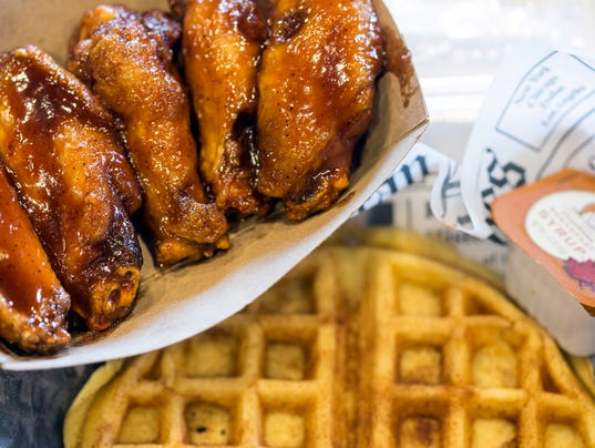 636192118162178577-Daddy-Rich-chicken-wings-opens-at-Chef-Space--PEARL-10.jpg
