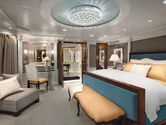 636292211983977484-oClass-Owners-Suite-Bedroom-4-.jpg