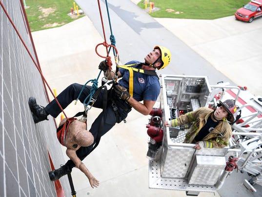636390175136344645-Firefighter-Academy-001.JPG