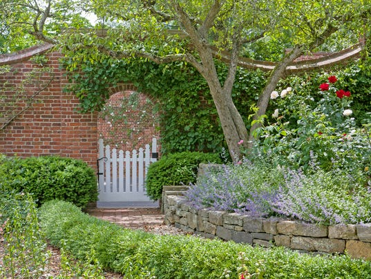 Hudson Pines garden