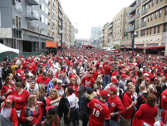 636446358920220211-openingdayblockparty2.jpg