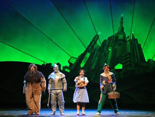 Wizard-of-Oz-National-Tour-Four-Friends-in-Oz.jpg
