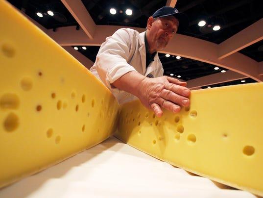 cheese AP18065753725158.jpg