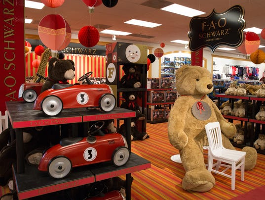 Toy Stores Green Bay : Younkers adds iconic fao schwarz toy store to many of its