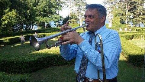 Johnny Russo will lead his East Hill Classic Jazz Band on Saturday at Taughannock Falls State Park.