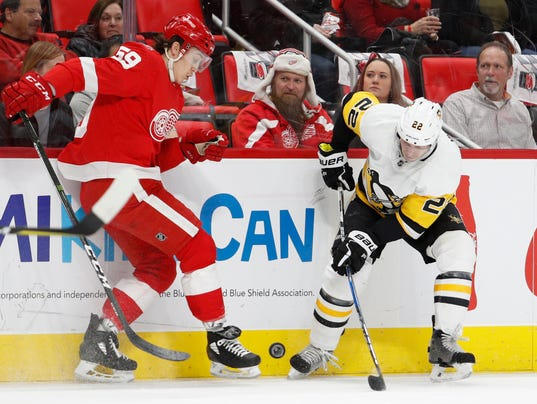 NHL: Pittsburgh Penguins at Detroit Red Wings
