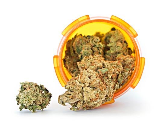 IMG_Medicial_marijuana_1_1_PO8RHH8G.jpg_20141019.jpg