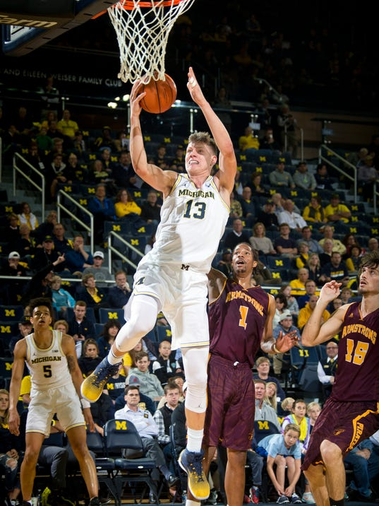 Wagner helps Michigan basketball rout Armstrong State in exhibition