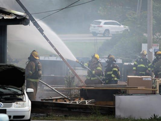 BMN 110217 Business fire