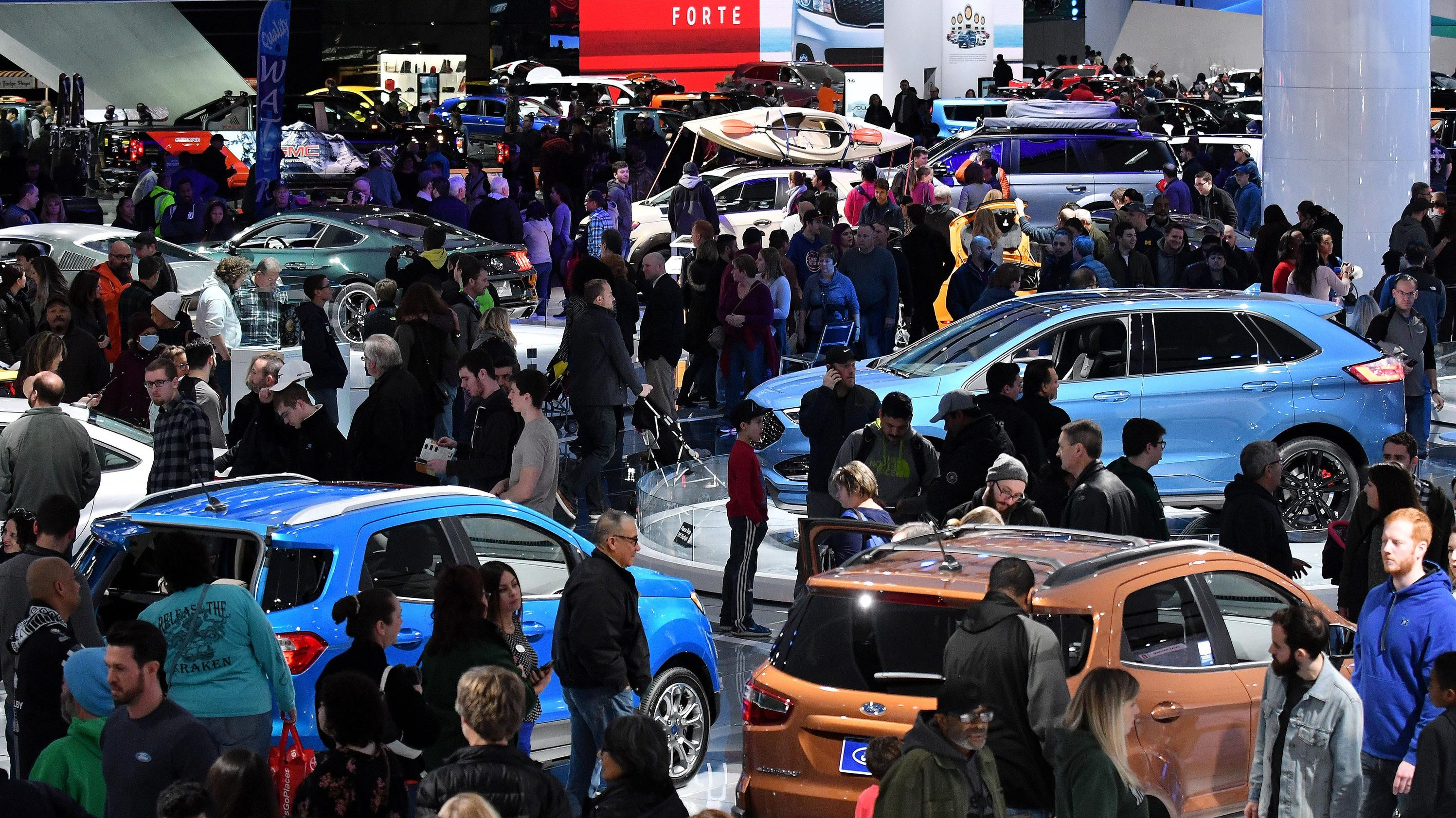 detroit auto show mulling move to october name change. Black Bedroom Furniture Sets. Home Design Ideas