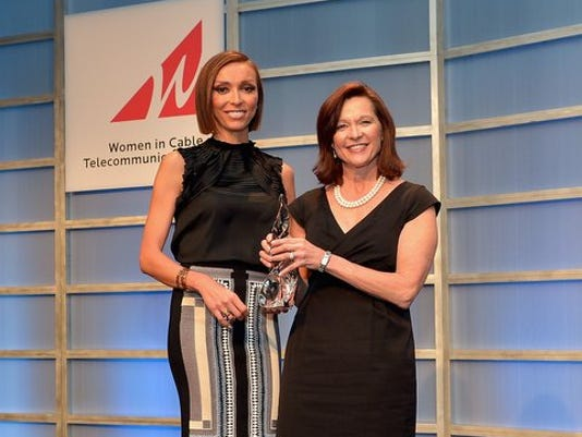 Debbie Stang Accepts WICT Award