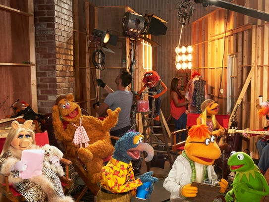 """""""The Muppets"""" return to primetime with a contemporary,"""