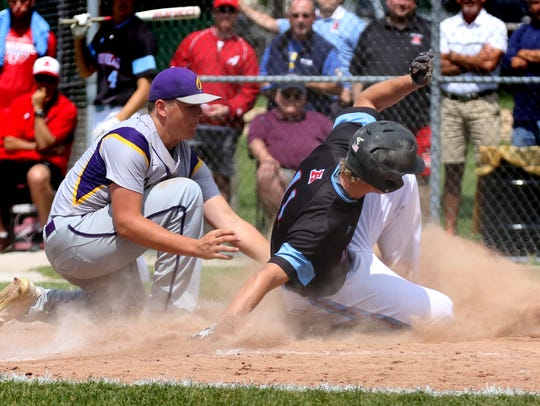 Arrowhead's Chandler Pulvermacher skids in safe at