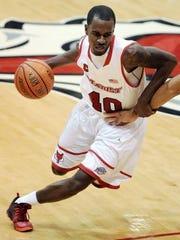 Marist College junior swingman Chavaughn Lewis plays against Manhattan at the McCann Arena on Dec. 6, 2013.